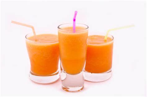 Blender Wortel gezonde shake met ananas en wortel goed eten gezond leven