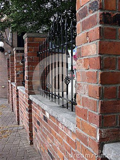 images  wood  brick fences  pinterest picket fences front yards  white fence