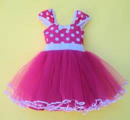Minnie mouse dress dressed up girl