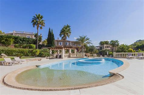 Record Of Property Sales Once Again Balearics Becomes Real Estate Sales Records Property For Sale In Mallorca
