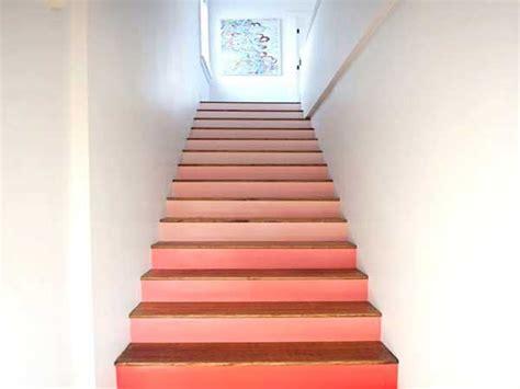 Couleur Peinture Cage Escalier by Cage D Escalier 20 Id 233 Es D 233 Co Pour Un Bel Escalier