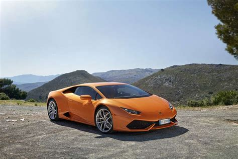 Lamborghini Huracan Pricing Lamborghini Huracan Price Pictures Specs 0 60 Top Speed
