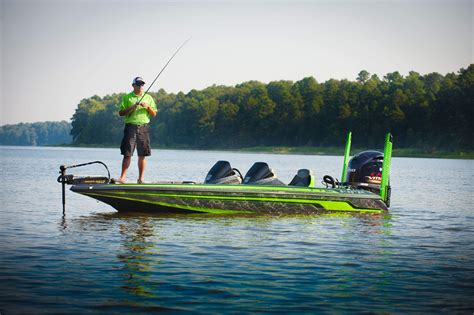 bass fishing with boat skeeter boats bass boats fx series fx21 le