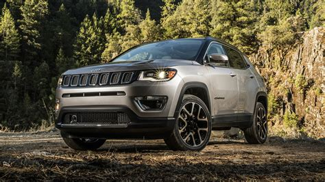Jeep Compass Mpg 2017 Jeep Compass Makes U S Debut With 180 Hp Up To 30 Mpg