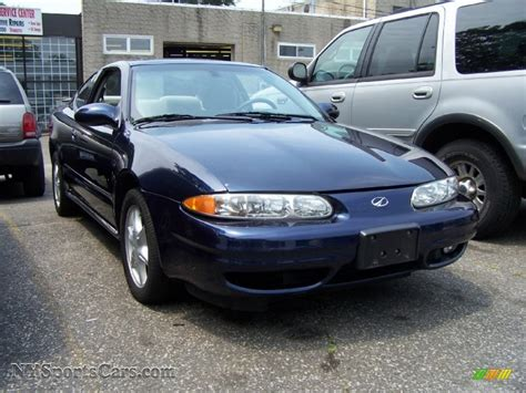 gl coupe 2001 oldsmobile alero gl coupe in midnight blue metallic