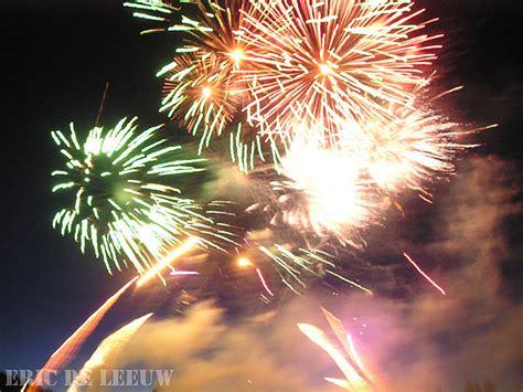 Butchart Gardens Fireworks by Fireworks At The Butchart Gardens Isle Marina
