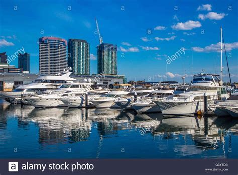 free boats melbourne the marina boats and harbour or harbor at docklands