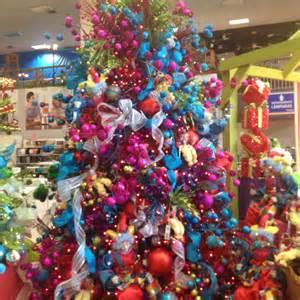 arbol de navidad de colores decoracion navide 241 a decoremos con