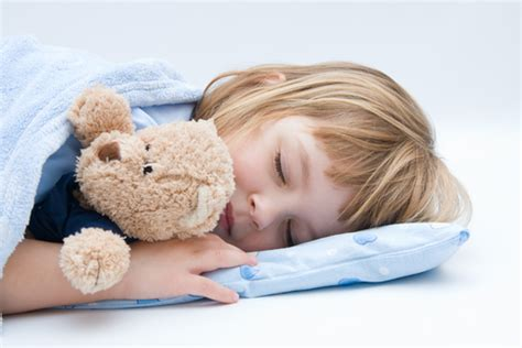 Bantal Cinta Poligami anak tidur spreishop spreishop