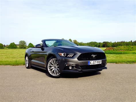 Ford Mustang Acceleration by Ford Mustang 2 3 Ecoboost Convertible Acceleration