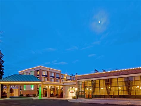 Superb Hotel In Saratoga Springs Ny #1: Holiday-inn-saratoga-springs-2531654733-4x3