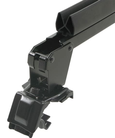 thule snowcat rooftop ski and snowboard rack for