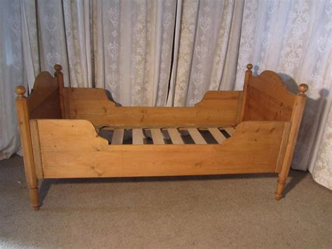 Single Sleigh Bed Single Pine Sleigh Bed Lit Bateau Antiques Atlas