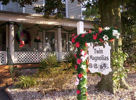 Roanoke Bed And Breakfast by Magnolias Bed And Breakfast Roanoke Rapids Nc B