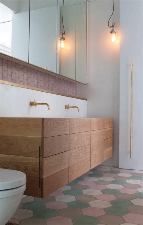 salle de bain en bois en 30 id 233 es inspirantes