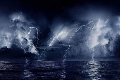 wallpaper awan petir lightning expected to increase by 50 percent with global