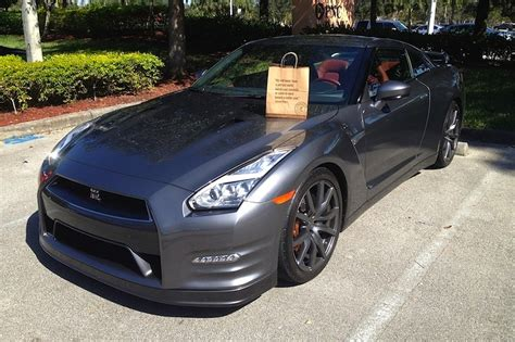 Drive A Nissan Gtr by Can You Really Drive A Nissan Gt R Every Day