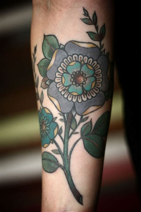 tattoo flower geometric geometric flower tattoo tattoo pinterest