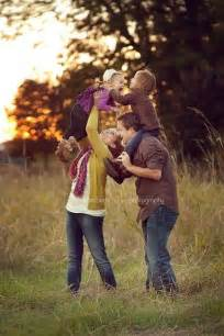 family picture idea family photo ideas cute family picture ideas pinterest