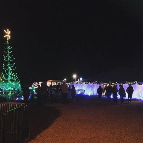 the 10 best christmas displays in missouri