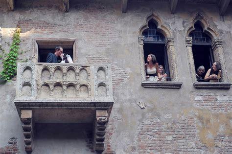 balcony theme romeo and juliet juliet s house wedding planner verona italy wedding