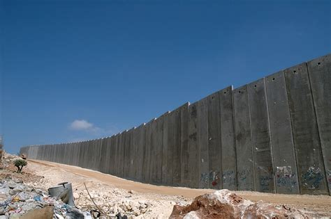 bank of israel file israeli west bank barrier jpg wikimedia commons