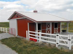Small Barns equestrian buildings and beautiful colorado horse barns