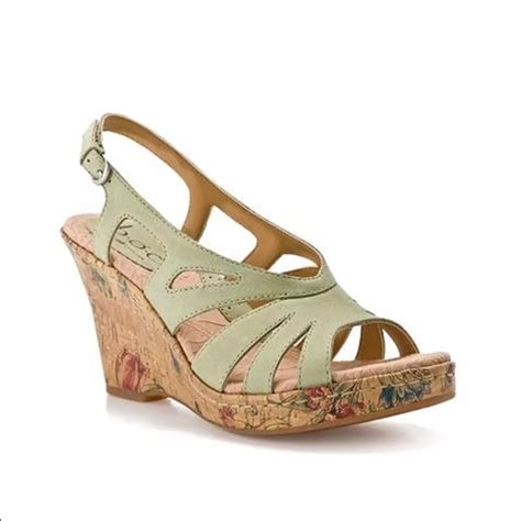 Wedges Wanita Wedges Perempuan 49 85 born shoes born green floral wedges from clementine s closet on poshmark