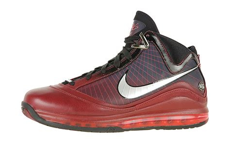 whats a basketball shoe archive nike air max lebron 7 vii sneakerhead