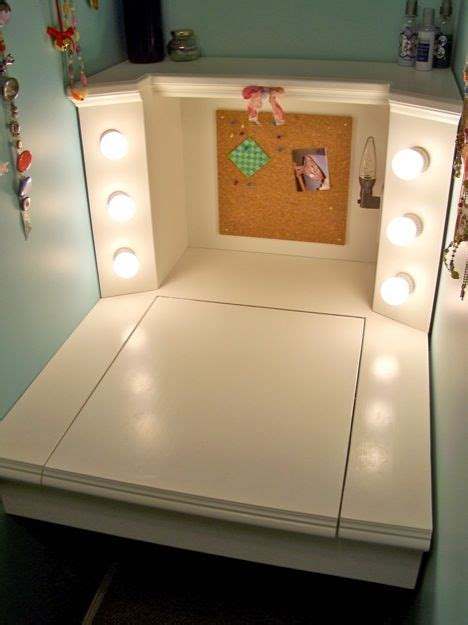 Diy Desk Vanity Diy Desk Make Up Vanity Diy Crafts That I Pinterest