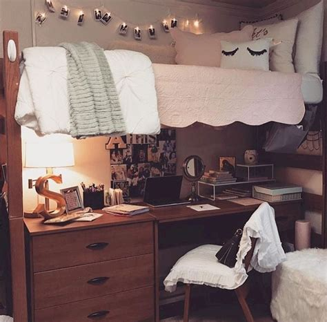 ideas for your room 55 cool dorm room decorating ideas homstuff com