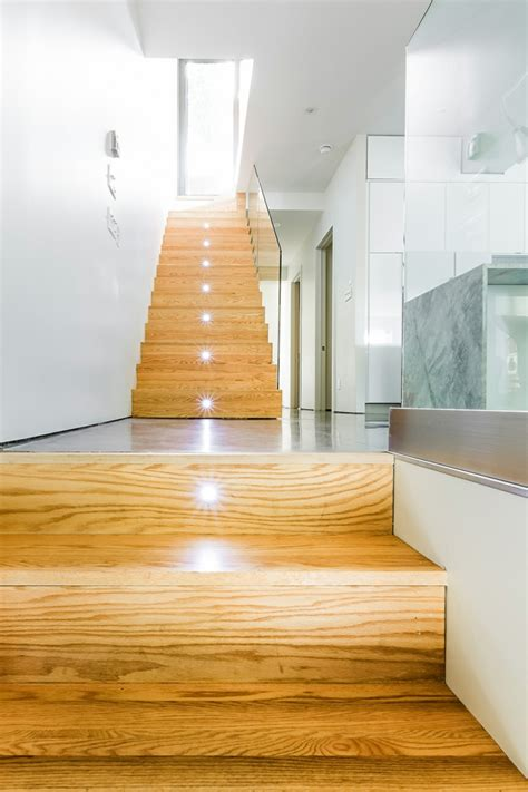 beleuchtung treppenstufe beleuchtung treppenhaus l 228 sst die treppe unglaublich sch 246 n