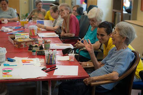 attività per anziani in casa di riposo attivit 224 per anziani in casa di riposo idea di casa