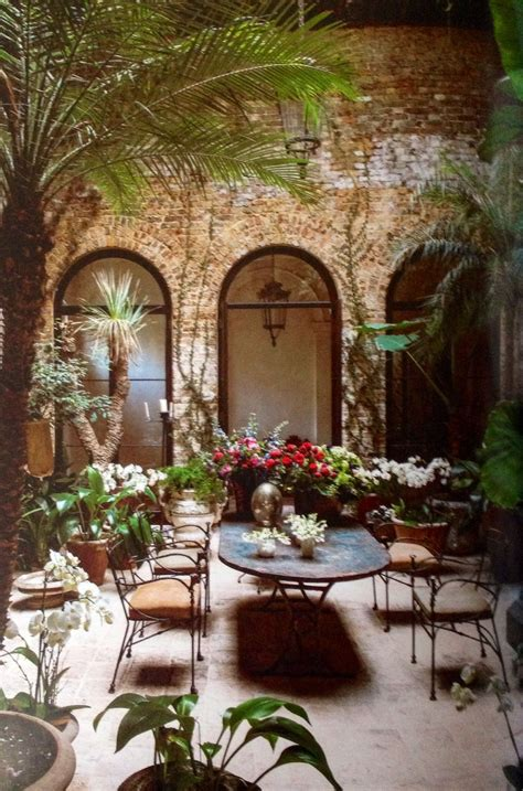 rose uniackes courtyard outdoor dining spaces