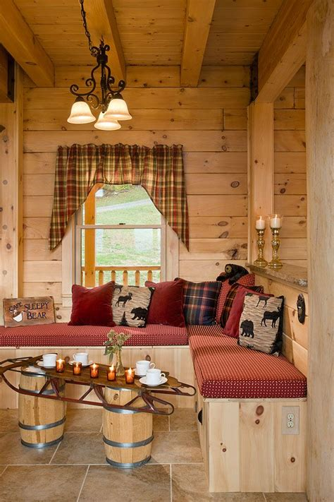 How To Decorate A Log Cabin Home by 25 Best Ideas About Log Home Decorating On