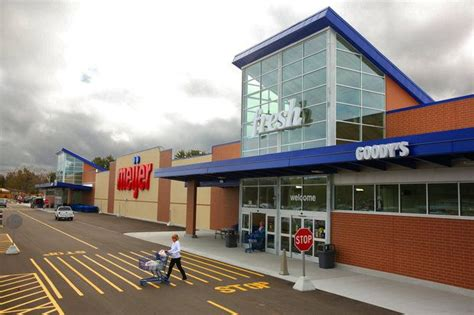 meijer reaches  contract terms  unionized employees