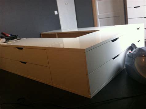 Construire Une Tete De Lit Avec Rangement 3467 by Un Lit Avec Des Rangements Stolmen