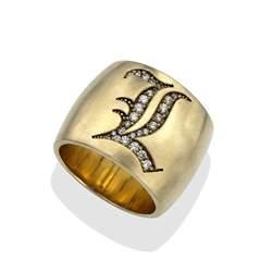 custom rings for s 18kt gold custom signet monogram ring