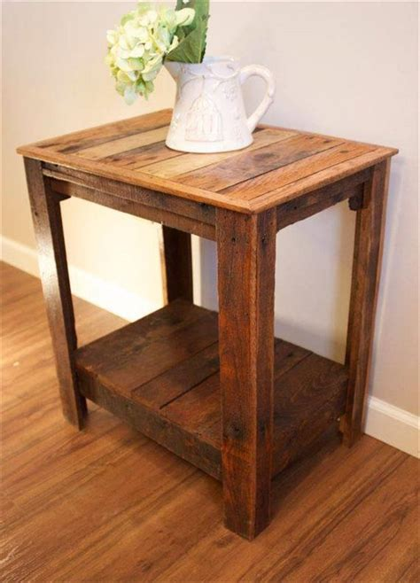 Wooden End Tables 25 Best Ideas About Wood Side Tables On Pinterest Reclaimed Wood Side Table Resin Table And
