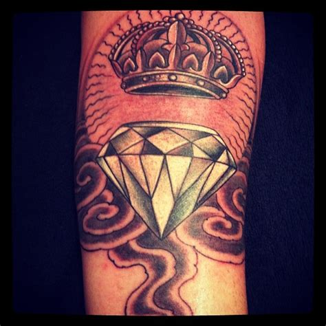 tattoo diamond and crown pin by tattooyou brasil on s 201 rgio pisani pinterest
