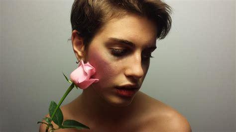 rossella fiore lo sguardo di giulia chiamala violenza non