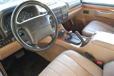 Classic Range Rover Interior by