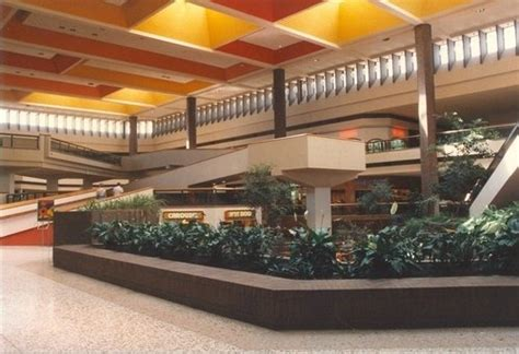 maplewood mall celebrates 40 years lillie suburban