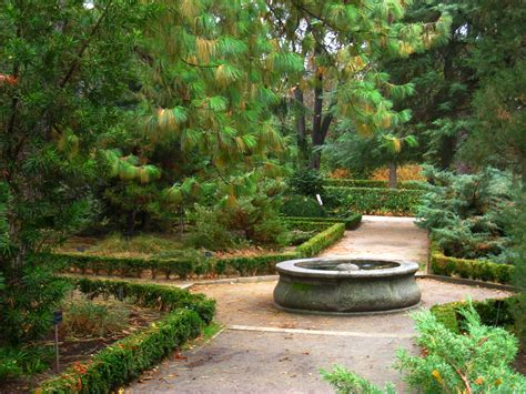 File Royal Botanical Garden Madrid View 07 Jpg Royal Botanical Gardens Madrid