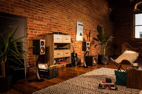 bookshelf speakers      klipsch