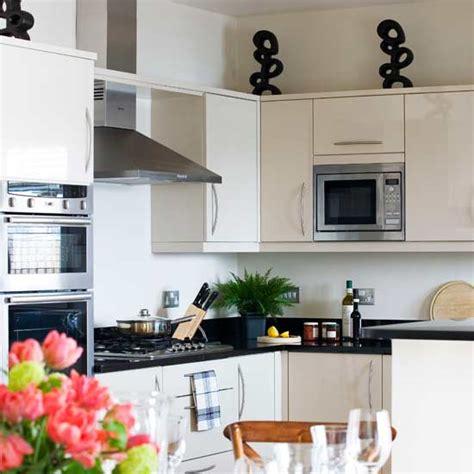 home design shaker style back to basics decoration colourful shaker style kitchen kitchen design