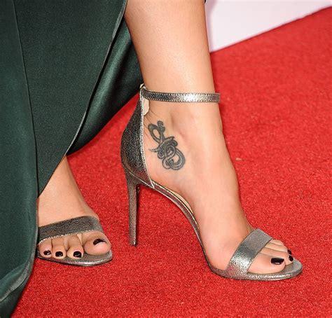 melissa fumero s feet