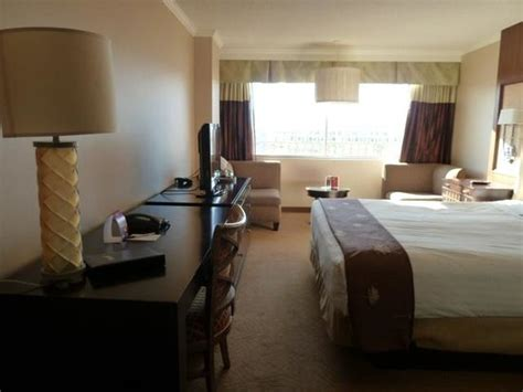 bed room west tower picture of harrah s reno