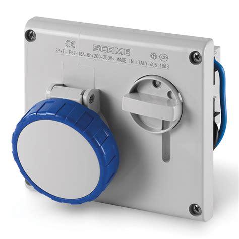 scameonline en industry switched interlocked socket
