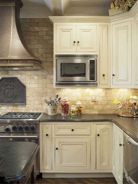 tumbled backsplash pictures tumbled travertine backsplash houzz